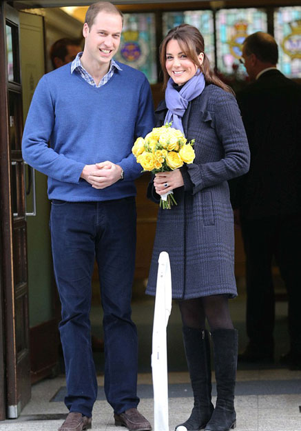 威廉王妃凯特怀孕_凯特王妃怀孕后首亮相威廉王子一旁护驾_潍坊大众网
